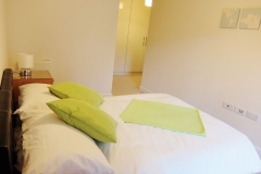 5 master bedroom Colindale serviced apartment 60