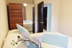 7 2nd bedroom Colindale serviced apartment 60