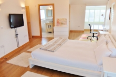3 master bedroom Hampton Court 3 bed penthouse