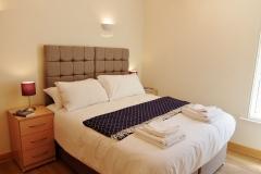 15 Hampton Court two bed bedroom