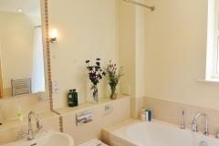 4 Hampton Court two bed bathroom main