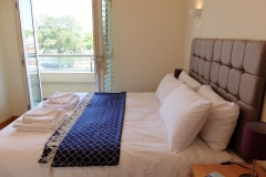 6 Hampton Court two bed bedroom with balcony