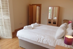 4 bedroom Hampton Court serviced apartments