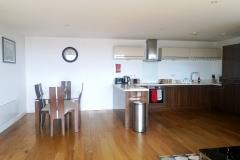 1.3a-5-kitchen-diner-Ruislip-serviced-apartments-HA4-8QH