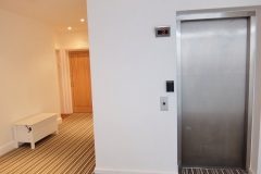 16 lift & hallway central Twickenham serviced apartment TW1