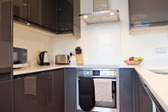 3 kitchen central Twickenham serviced apartment TW1