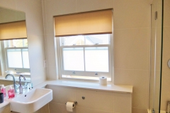 17 ensuite bathroom Twickenham serviced apartment Newland 5