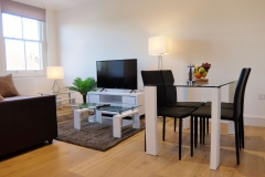 9 living area Twickenham serviced apartment Newland 5