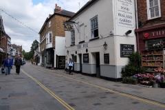 33 Twickenham Church St, a 5 min walk to Wharf House