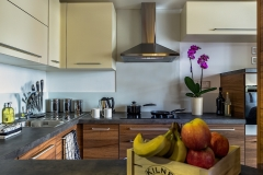 20 kitchen side Watford serviced apartments